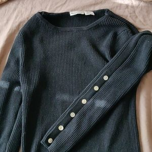 Newport News Sweater with shell buttons